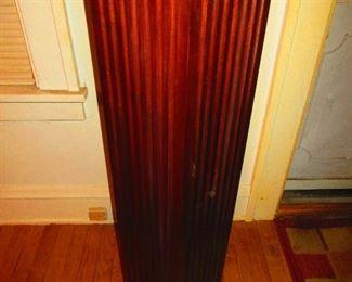 Wooden Column Pedestal