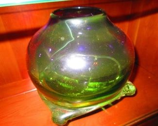 Molded Purple to Green Orb on Stand