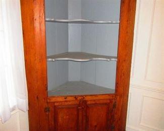 Early 19th c. American Corner Cabinet