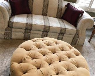 Thomasville round tufted large ottoman seat , camelback single cushion sofa