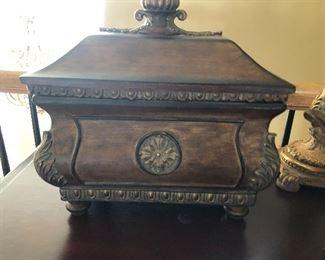 Decor Box with lid