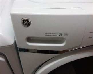 GE washer front load 6 mo old and steam tech