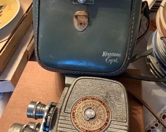 Vtg Keystone Capri movie camera in case