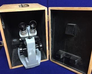 Vintage Sterling microscope in wooden case