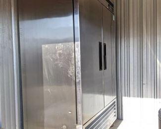 Saturn Refrigerator Model S 49R