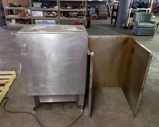 Norris Beverage Cooler & Dispenser Model N-10-9