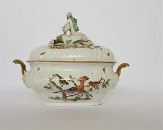 Meissen Tureen & original Lid, Mid/Late 18th Century with painted birds, insects and several vegetables.