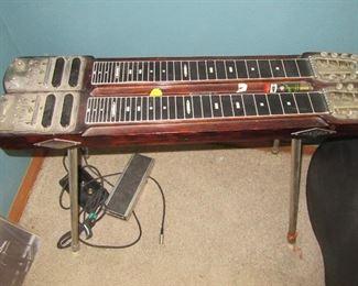 better photo of steel guitar
