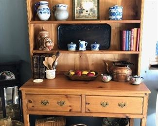 Pine hutch from British traditions- perfect condition, comes in 2 pieces for easy pick up. 48w x 20d x 80h