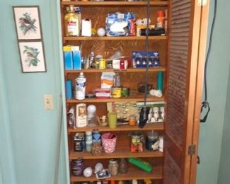 Pantry Closet, Light bulbs, cleaners