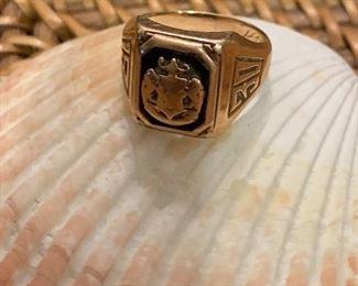 10k 1930 Class Ring