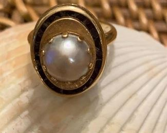 14 K Pearl and Sapphire Ring