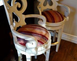 2 bar stools $100