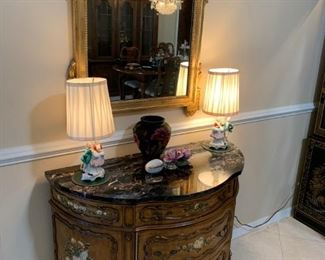 Bombay chest, vintage lamps and mirror