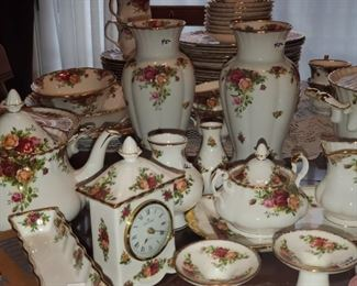Huge Set of Royal Albert- Old Country Roses- Pieces sold separately.