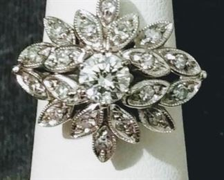 14k Cluster Ring with 0.65 ct tw in Diamonds Sz 7.75