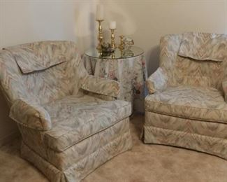 Great condition matching chairs