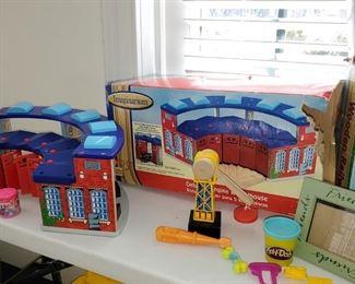 Games, Imaginarium, train station