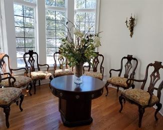 8 Kitchen chairs, Center Table