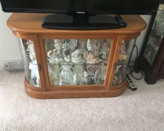 """This """"half"""" curio is also well made and perfect for any collection -- retailed for approximately $600.00!"""