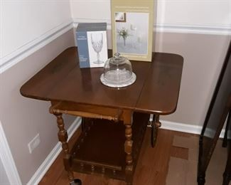 serving cart on wheels , nice condition