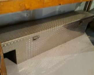 Pickup truck diamond plate tool box locker