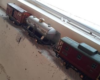 Metal O scale model railroad