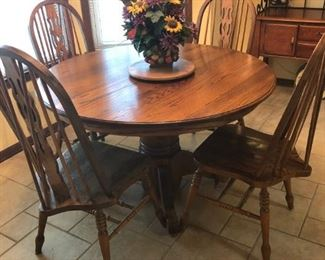 Nice Oak Table and Chairs