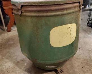 John Deere Planter Box