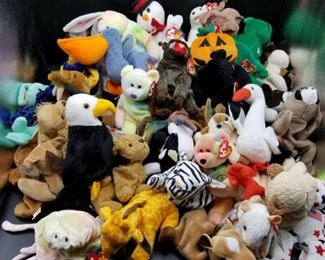 50 TY Beanie Babies Variety Collection https://ctbids.com/#!/description/share/331161