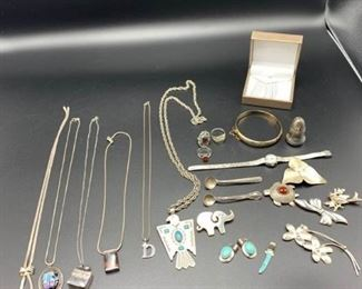 Collection of Silver Pieces https://ctbids.com/#!/description/share/331172