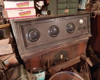Old Tube Radio