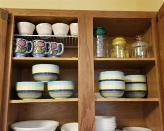 Dishes, bowls, mugs