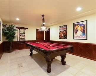 Delaware Ct. Pool Table
