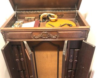 Antique Victrola  with record collection