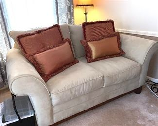 Craftmaster couch