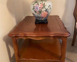 Pair Vintage Hammary end tables