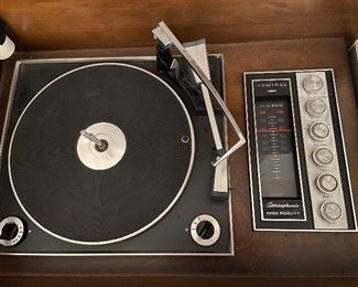 Vintage Admiral Sterophonic record player