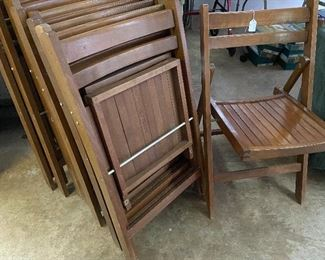 10 wooden foldable chairs
