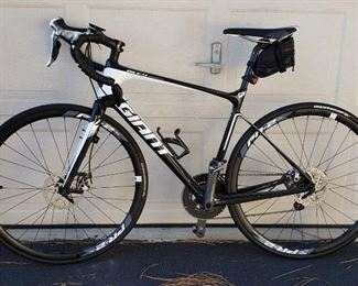 2017 Giant defy advance road bike
