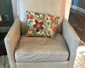 """Leather """"Palatial Furniture"""" Arm Chair (has matching ottoman)"""