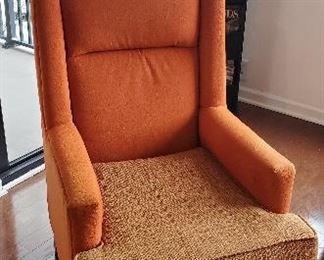 Chair and ottoman from Marriot Hotel Collection. $45.00