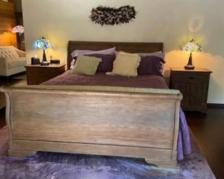 R.Hardware 4 piece bedroom set  King Bed ( Shows beautiful )