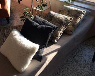 pillows, textiles, bedding