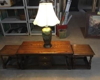 Coffee Table with Two Nesting Tables and Lamp