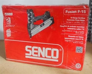 Senco Fusion F-15 15 Gauge Cordless Pneumatic Finish Nailer Model FN65DA, New In Package