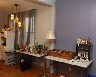 Small Garden gnome figurines, Jewelry & miscellaneous items