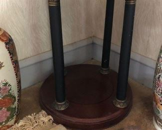 "36"" 20"" End table"