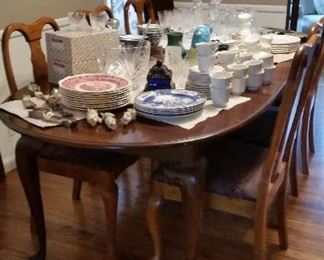Queen Anne dining table and 8 chairs  $300