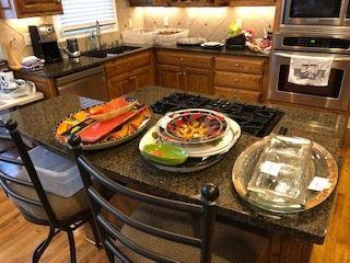 Party serving pieces